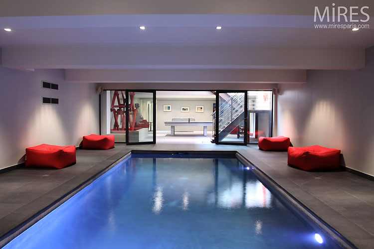 Piscine Intrieure Contemporaine