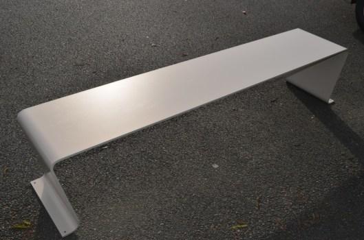 meuble-design-interieur-exterieur-idfer-banc-exterieur