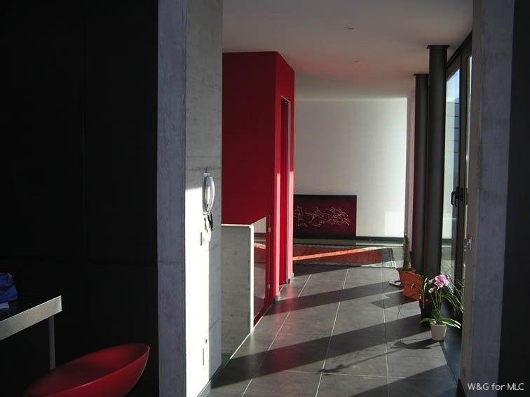 Villa-design-passage-lumière