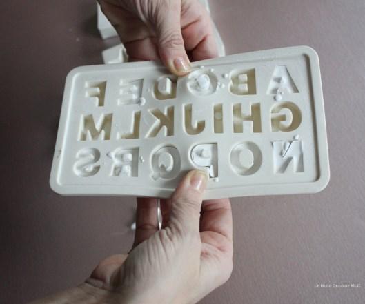 DIY-déco-facile-étoiles-et-lettres-en plâtre-demoulage-lettres