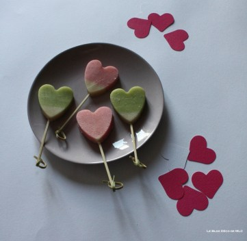 DIY-ST-Valentin-Coeur-gourmand-pate-amande-sucettes