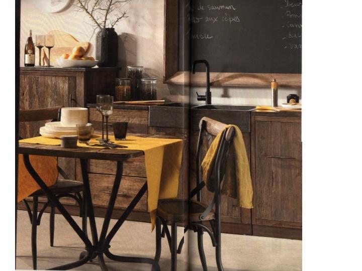 cuisine o trouver des meubles ind pendants en bois brut. Black Bedroom Furniture Sets. Home Design Ideas