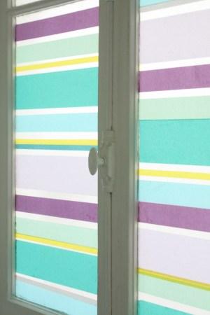 DIY-un-store-en-Masking-Tape-pour-une-fenêtre-déco-détails