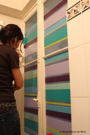 DIY-un-store-en-Masking-Tape-pour-une-fenêtre-déco-salle-de bain-MLC