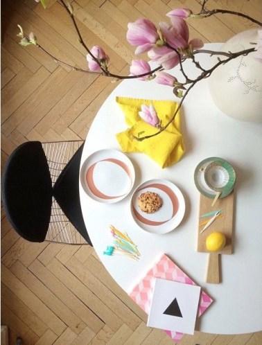 Un-salon-vert-et-fleuri-pour-une-déco-de-printemps-millucia