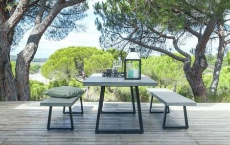 Quelles-tables-chaises-extérieur-choisir-nouveautés-beton-métal-ampm