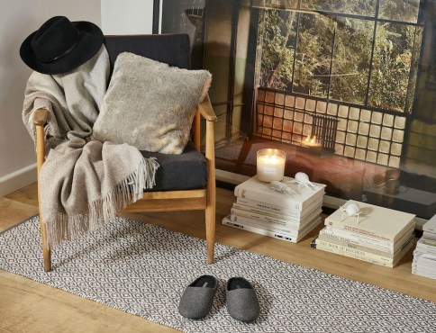 idee deco salon plaid Zara Home