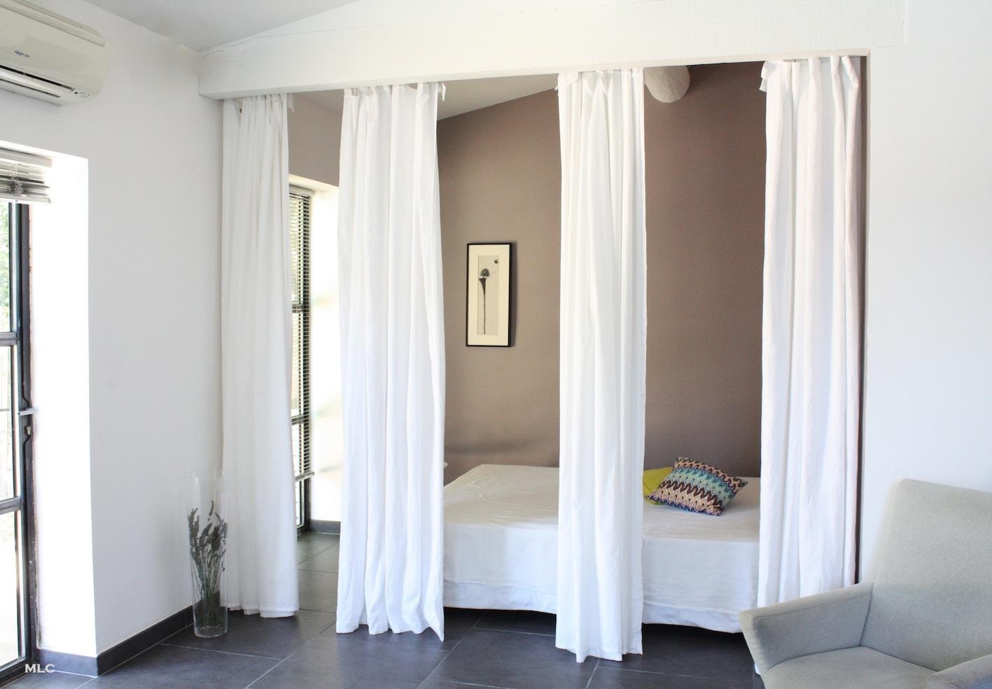 Deco Separation De Piece des rideaux en lin comme séparation de pièce – le blog déco