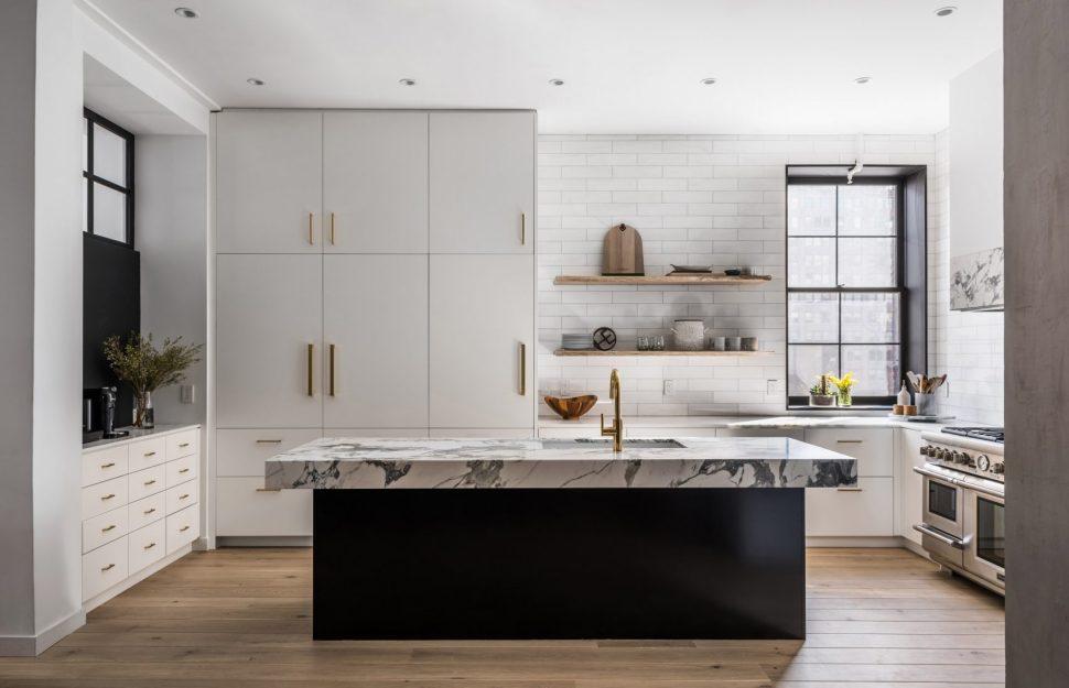 Une jolie cuisine blanche et son ilot central noir - Le Blog ...