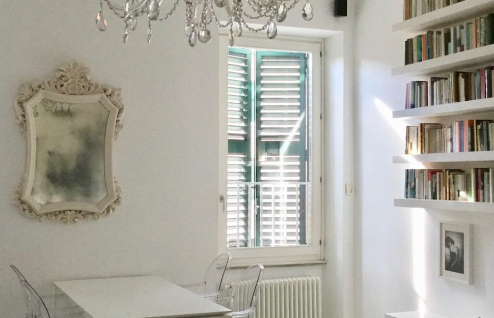 7 idées déco faciles à copier pour un salon blanc design ...
