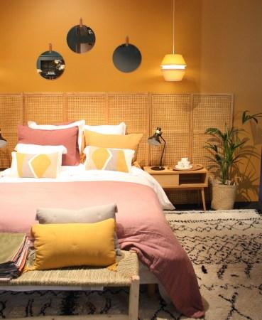 jaune-et-rose-deco-dans-la-chambre