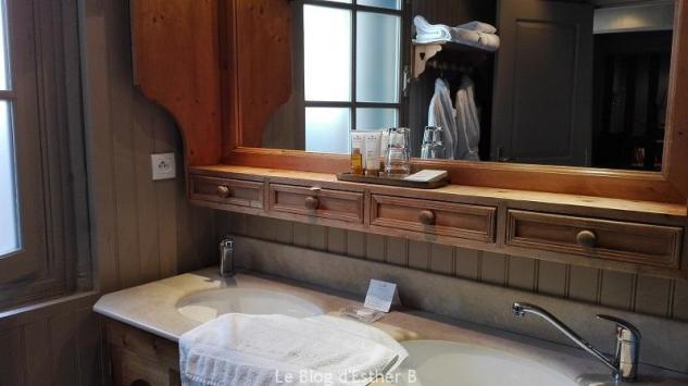 salle de bains maisons de lea