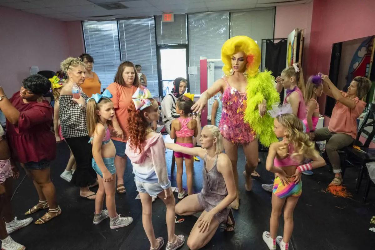 Photo du documentaire DANCING QUEEN