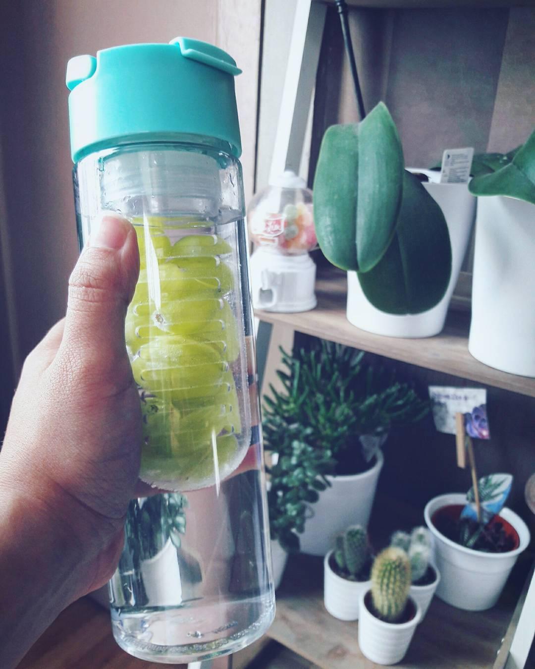 Bois de leau!!! 2me eau aromatise de la journe cehellip