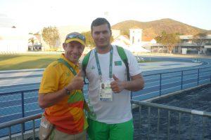 Avec Amanmyrat Hommadov, lanceur de marteau du Turkmenistan