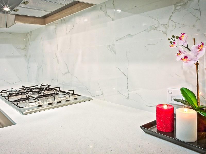 image - Mettre du marbre comme dosseret