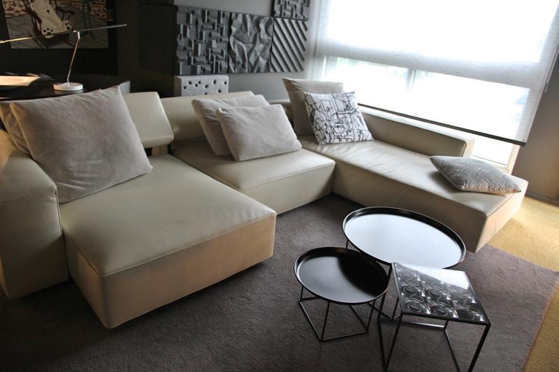 showroom b b italia maxalto le buzz de rouen. Black Bedroom Furniture Sets. Home Design Ideas