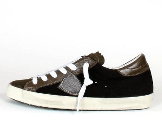 Découvrez une sélection des plus belles Sneakers Homme de la saison  automne-hiver 2014 2015. Hégémonie du cuir noir, gris souris chez Philippe  Model, ... 9c77f06b4124