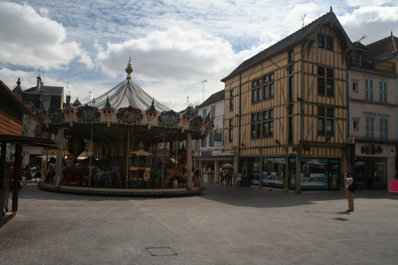 Troyes… sans Brad!