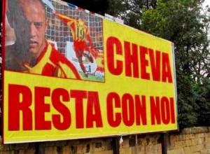 Lecce, maxi manifesto a Chevanton