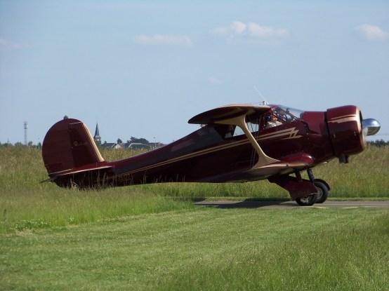 Beechcraft D.17S Staggerwing F-GUZZ 0001