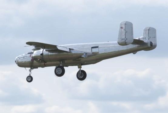 North American B-25J Mitchell N6123C 03 Flying Legends 2015