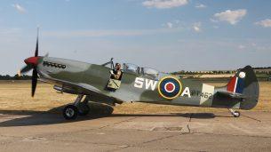 Spitfire TR 9 PT462 G-CTIX (Photo © David Whithworth)