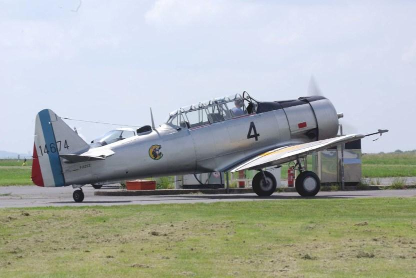 Le North American T-6G Texan F-AZEZ (Photo © P. Charvot).