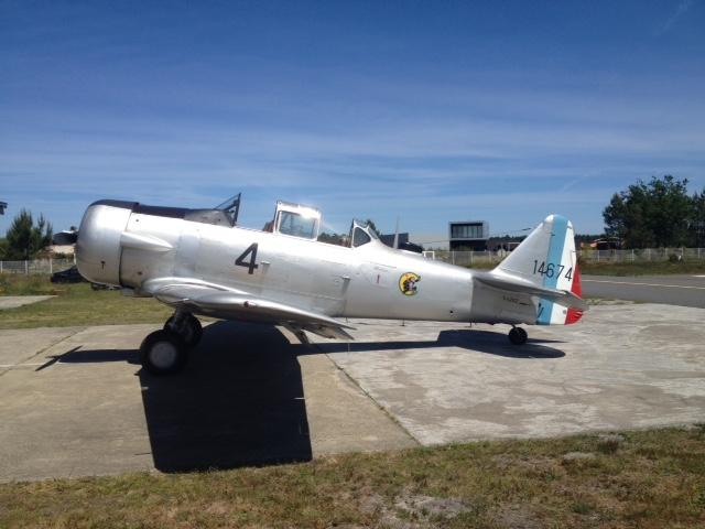 T-6G F-AZEZ (Photo P. Charvot) 4