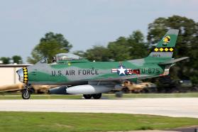 1958 Canadair F-86E MK.6 Sabre (N80FS) (Photo D. Miller (CC BY 2.0))