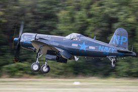 Le F4U-5NL F-AZEG des Casques de Cuir ( Photo © Damien Defever )