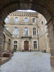 Le fabuleux château de Rochegude, pour une nuit de rêve au coeur de la Drôme ...