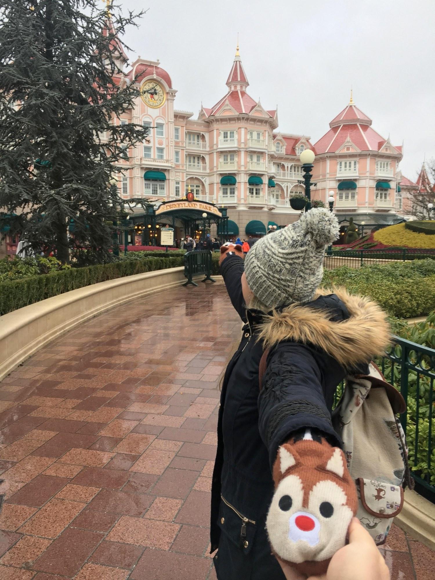 Bons baisers de Disneyland Paris.