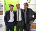Eric Scotto, président-directeur général d'Akuo Energy, aux côtés du ministre français en charge de l'énergie Nicolas Hulot, et du chanteur Matthieu Chedid, ambassadeur de la Fondation Akuo au Mali
