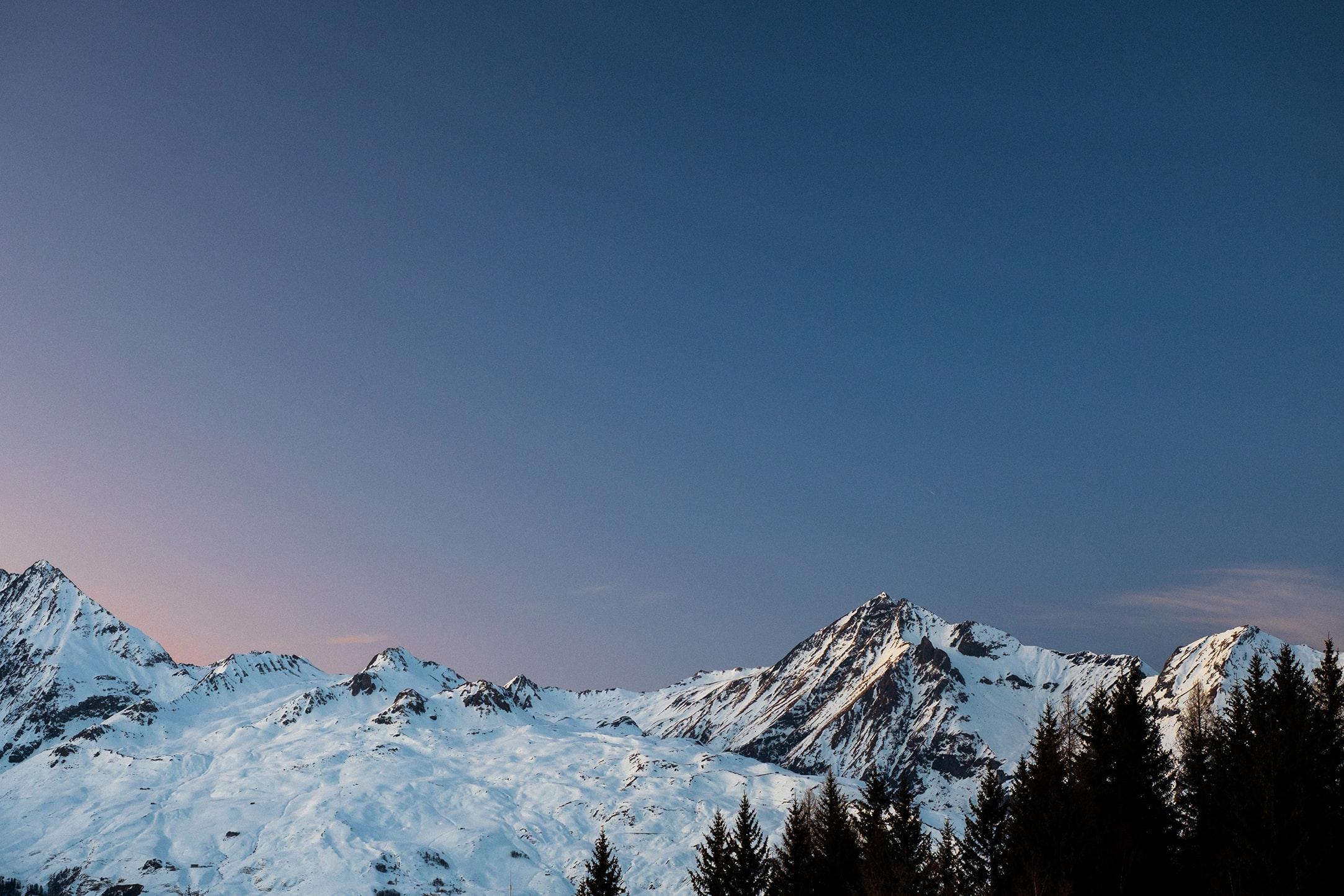 Noël au ski : l'Allemagne veut une interdiction européenne, l'Autriche est contre