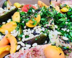 Salat mit Feigen und Roten Zwiebeln mit Honig Senf Dressing