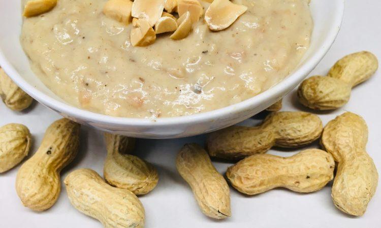 Kokos Bananen Erdnuss Porridge