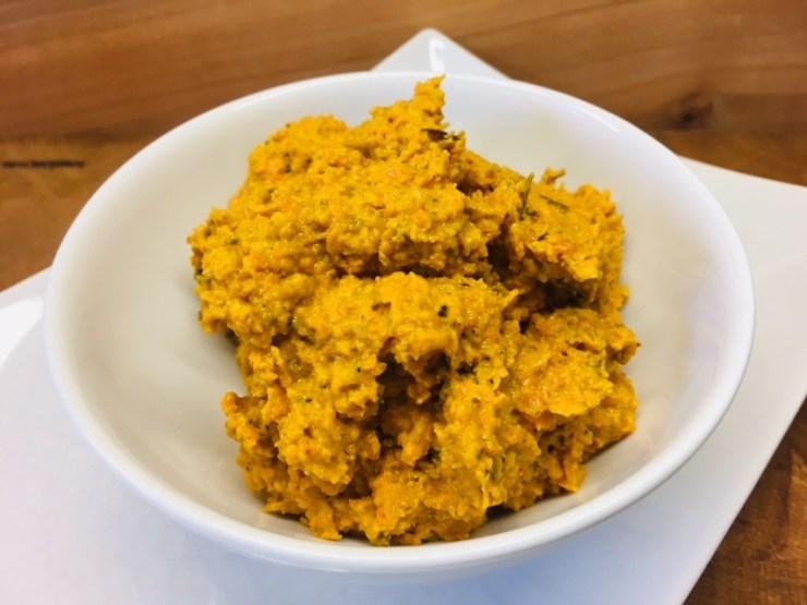 Karotten Dip mit Feigen und Chili