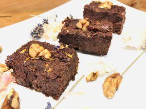 Brownies aus Schwarzen Bohnen, Walnüssen und Chili