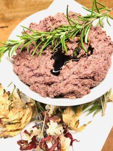 Karotten Dip mit Kürbiskernöl und Tahini