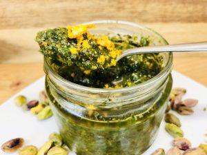 Minze Pesto mit Pistazien und Orange