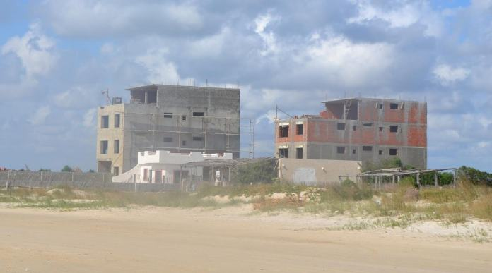Grand-Tunis constructions anarchiques -min