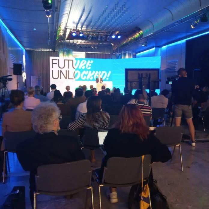 deux rives Forum Creative Ljubljana