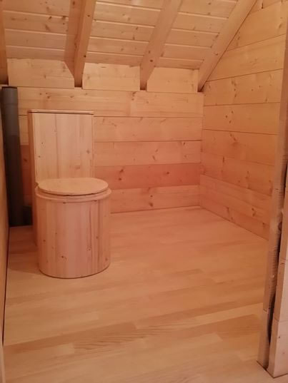 Baño seco ecológico Lécopot - Modelo Cagarol - Casa de madera
