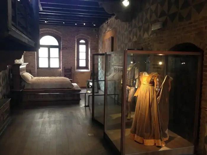 Casa di Giulietta a Verona - costumi di scena