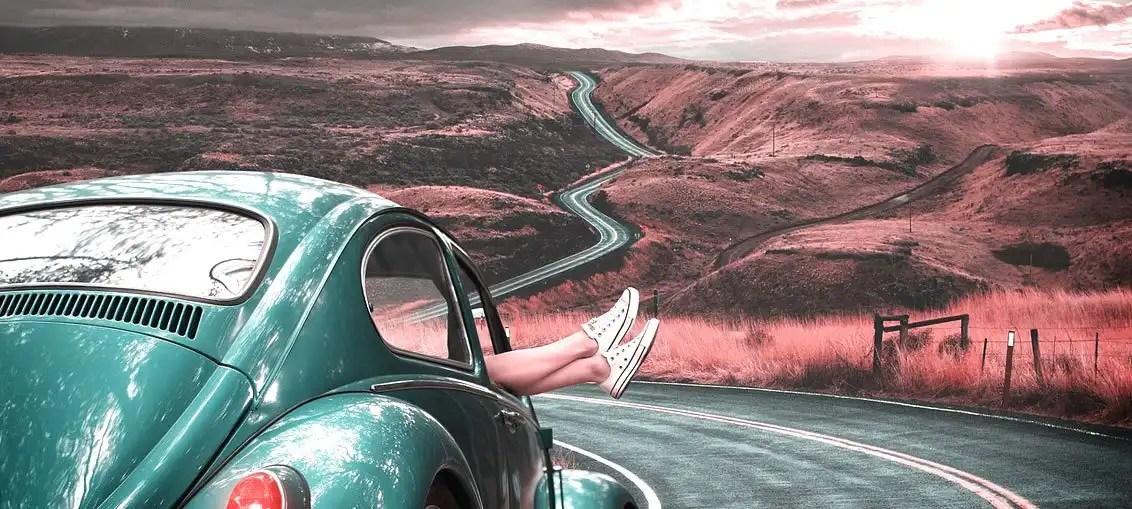 Regali per chi ama viaggiare: 16 idee per fare felice la donna che viaggia!