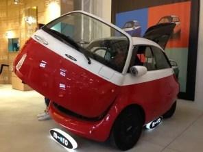 Fuorisalone-2018-Via-Tortona-Micro-Mobility-Microlino