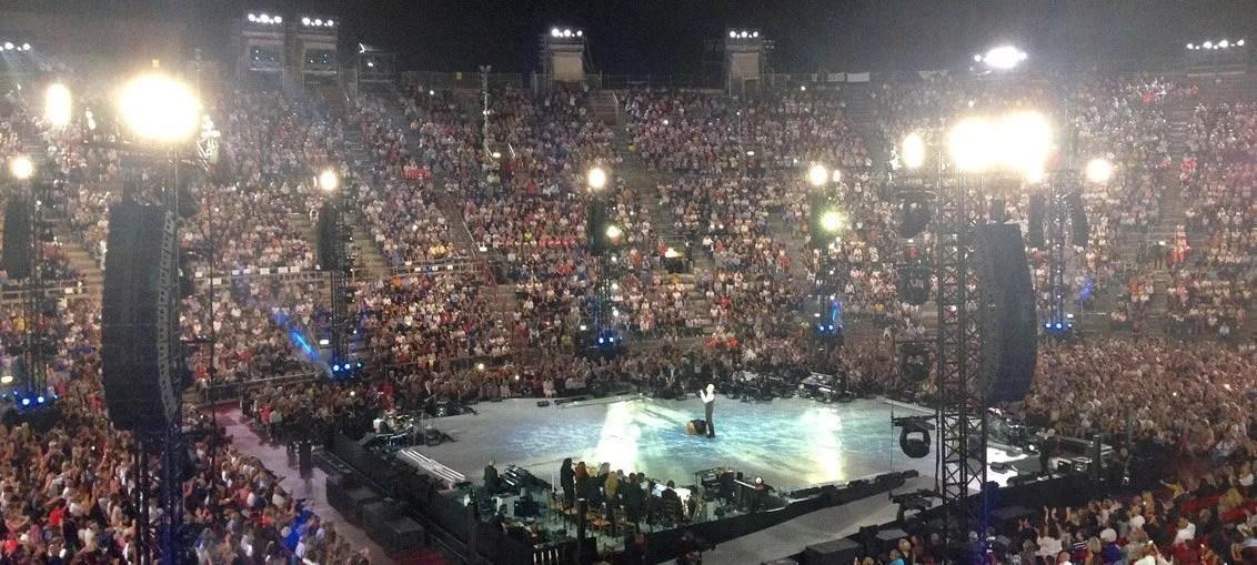 You are currently viewing Claudio Baglioni: il concerto all'Arena di Verona e il tour Al Centro