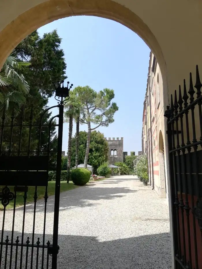 Villa Arrighi Tacoli Castellaro Lagusello