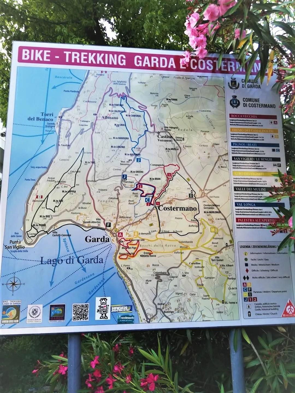 Mappa dei sentieri della Rocca di Garda